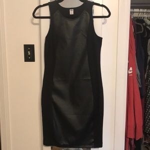 Old Navy fitted black dress